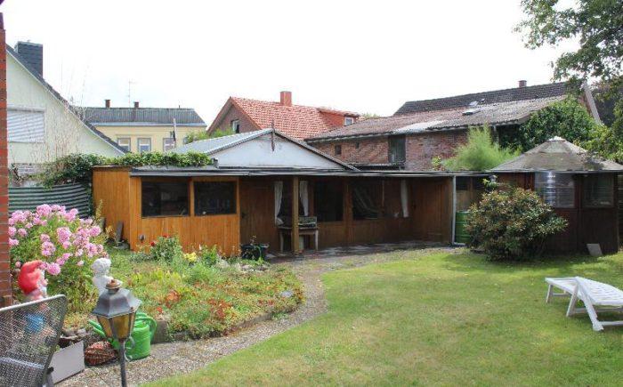 Hinterer Garten mit Gerätehaus, Werkstatt